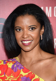 Renee Elise Goldsberry wore her hair down in a high-volume, straight style at the New York premiere of 'The Immortal Life of Henrietta Lacks.'