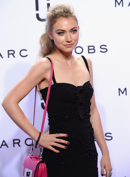 Imogen Poots Dark Nail Polish [marc jacobs,imogen poots,hair,clothing,dress,cocktail dress,shoulder,hairstyle,fashion model,beauty,fashion,red carpet,new york fashion week,fashion show,marc jacobs spring 2016,new york city,ziegfeld theater]
