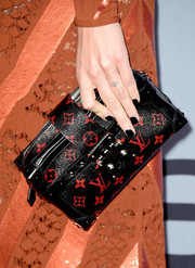 Chiara Ferragni opted for a solid black mani when she attended the 2015 InStyle Awards.