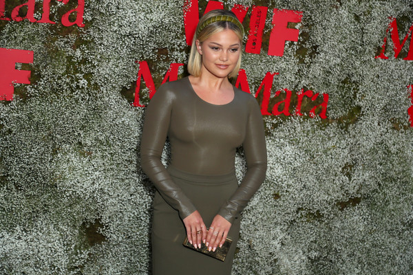 More Pics of Olivia Holt Box Clutch (1 of 4) - Clutches Lookbook - StyleBistro [instyle max mara women in film celebration,max mara women in film celebration,olivia holt,red,photography,fun,smile,chateau marmont,los angeles,california,instyle]