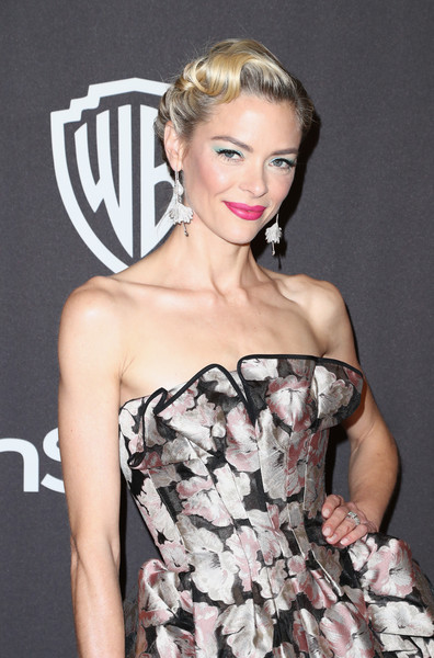 More Pics of Jaime King Retro Updo (5 of 7) - Updos Lookbook - StyleBistro [hair,clothing,fashion model,hairstyle,beauty,fashion,dress,shoulder,lip,blond,jaime king,beverly hills,california,the beverly hilton hotel,instyle,golden globes,warner bros.,arrivals,party]