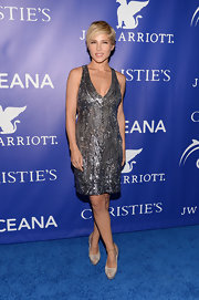 Elsa Pataky simply stunned in this silver beaded dress, which she wore to the Oceana Ball.