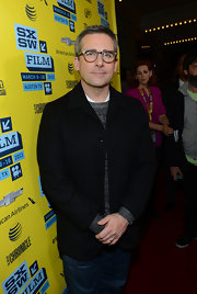 Steve Carell paired a classic blue blazer over a crewneck sweater for a preppy red carpet look.