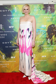 Gwendoline Christie was a refreshing sight to behold in this flamingo-print gown by Giles during the Fragrance Foundation Awards.