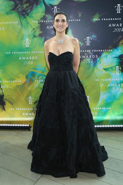 Elizabeth Musmanno looked princess-y in a black strapless gown during the Fragrance Foundation Awards.