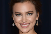 Irina Shayk Metallic Eyeshadow