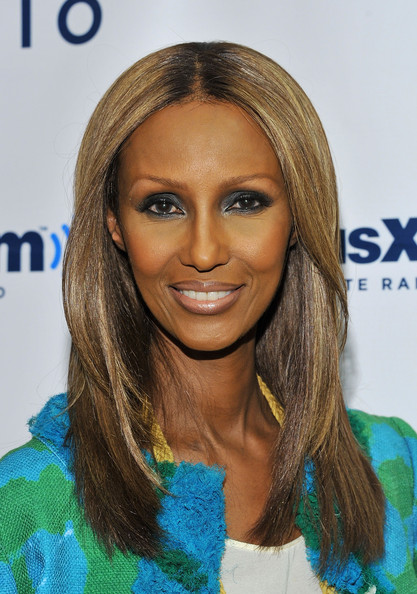 Iman wore a metallic gunmetal gray eyeshadow on a visit to Martha Stewart Living Radio at SIRIUS XM Studio. Her smoky-eyed look was sexy and sophisticated.