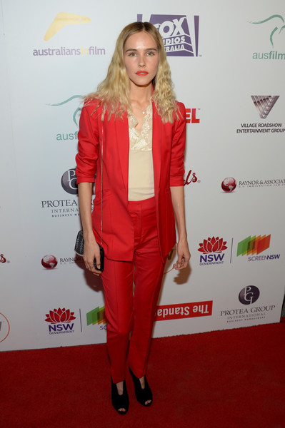 Isabel Lucas Pantsuit [clothing,red,red carpet,carpet,suit,dress,fashion,outerwear,flooring,footwear,isabel lucas,arrivals,neuehouse hollywood,california,los angeles,australians in films 5th annual awards gala]
