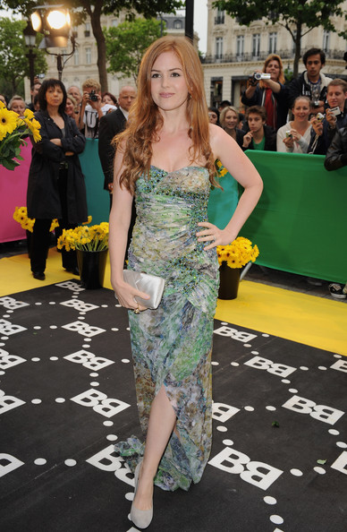 isla fisher dresses. isla fisher dresses.