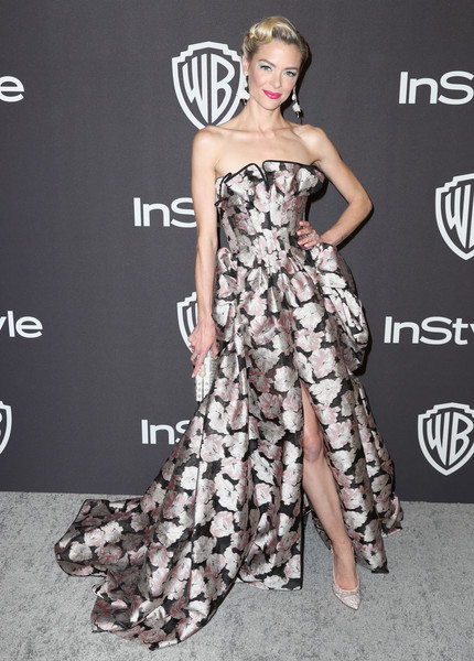 Jaime King Strapless Dress [fashion model,dress,clothing,shoulder,gown,strapless dress,hairstyle,fashion,premiere,beauty,jaime king,beverly hills,california,the beverly hilton hotel,instyle,golden globes,warner bros.,arrivals,party]