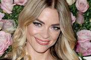 Jaime King Medium Wavy Cut
