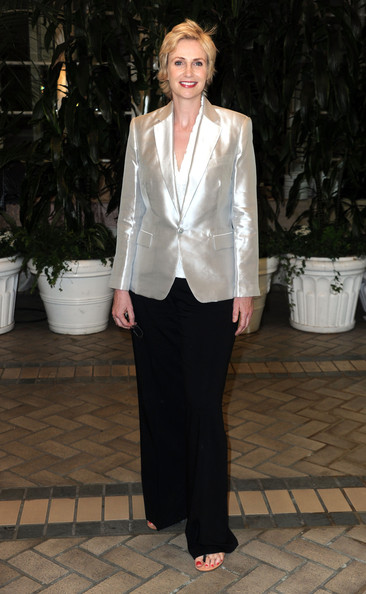 Jane Lynch Blazer [clothing,suit,white,formal wear,pantsuit,outerwear,fashion,blazer,tuxedo,neck,arrivals,jane lynch,beverly hills,california,the four seasons hotel,hollywood foreign press association,installation luncheon]