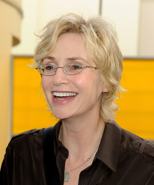 Jane Lynch Messy Cut [megamind,hair,yellow,glasses,chin,blond,eyewear,smile,official,vision care,portrait,arrivals,jane lynch,los angeles,california,hollywood,highland,dreamworks animation,premiere,premiere]