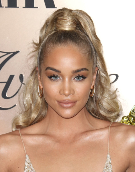 Jasmine Sanders Ponytail [hair,hairstyle,face,blond,eyebrow,lip,beauty,long hair,eyelash,chin,jasmine sanders,list,new york city,lavenue,vanity fair,jasmine sanders,vanity fair,fashion,model,new york,international best dressed hall of fame list,academy awards viewing party,sports illustrated swimsuit issue,beauty]