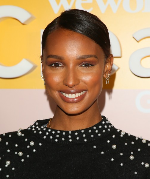 Jasmine Tookes Classic Bun [hair,face,hairstyle,eyebrow,beauty,forehead,lip,black hair,smile,croydon facelift,microsoft theater,los angeles,california,wework creator awards global finals - arrivals,wework presents second annual creator global finals,jasmine tookes]
