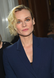 Diane Kruger looked edgy-chic with her short, half-pinned waves at the Jason Wu fashion show.
