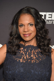 Audra McDonald was glamorously coiffed with this shoulder-length curly 'do at the Jazz at Lincoln Center 2017 Gala.