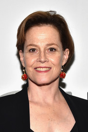 Sigourney Weaver kept it casual with this short bob at the opening of the Mica and Ahmet Ertegun Atrium.
