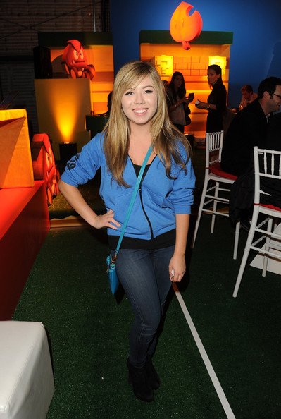 Jennette McCurdy Clothes