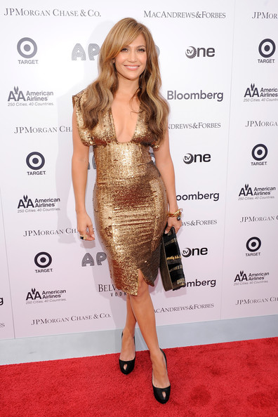 jennifer lopez dresses 2010. Jennifer Lopez Clothes