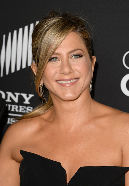 Jennifer Aniston False Eyelashes