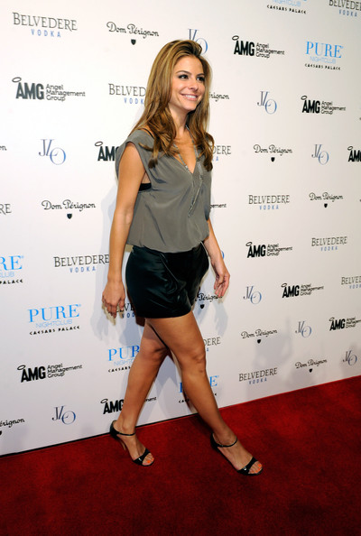 More Pics of Maria Menounos Short Shorts (1 of 8) - Maria Menounos Lookbook - StyleBistro
