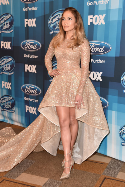 Jennifer Lopez Evening Pumps [american idol finale for the farewell season,american idol finale for the farewell season,leg,fashion model,flooring,beauty,human leg,thigh,blond,shoulder,carpet,fashion,arrivals,jennifer lopez,dolby theatre,california,hollywood,fox]