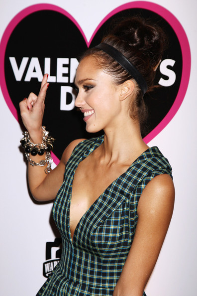 jessica alba updo with braid. Jessica Alba Hair