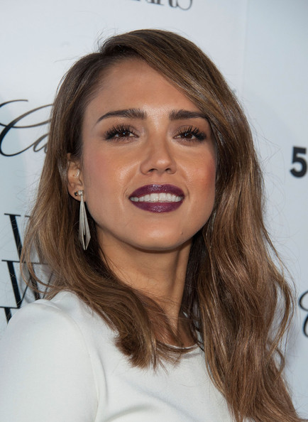 The gallery for --> Jessica Alba Medium Hairstyles | 434 x 594 jpeg 72kB