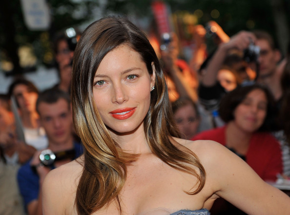 Jessica Biel Long Side Part