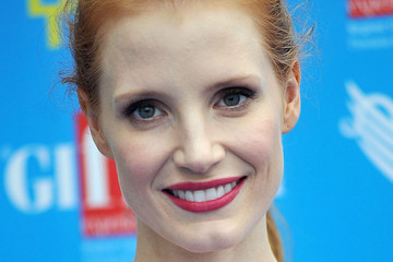 Jessica Chastain Proves Redheads CAN Wear Red