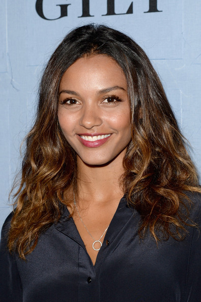 Jessica Lucas Medium Curls