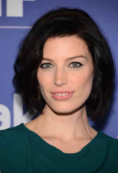 Jessica Pare Nude Lipstick [women in film,hair,face,eyebrow,hairstyle,chin,lip,beauty,forehead,black hair,shoulder,crystal,jessica pare,lucy awards,beverly hills,california,the beverly hilton hotel,crystal lucy awards]