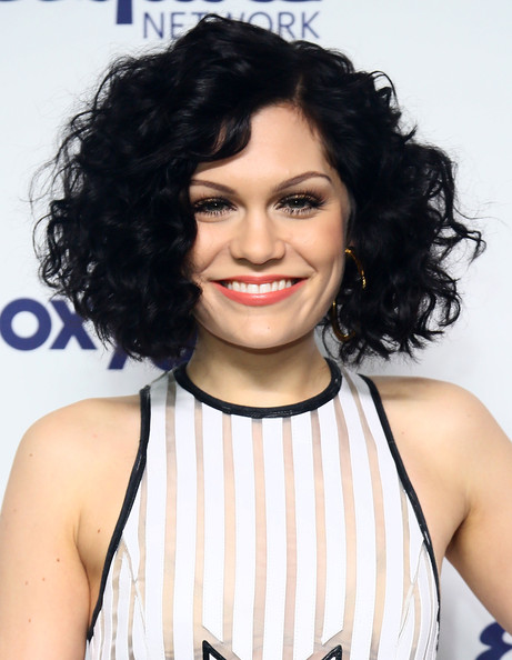 Jessie J Curled Out Bob [entertainment upfronts,nbcuniversal cable,nbcuniversal cable entertainment upfronts,hair,hairstyle,human hair color,beauty,chin,black hair,long hair,layered hair,fashion model,brown hair,new york city,the jacob k. javits convention center,jessie j]