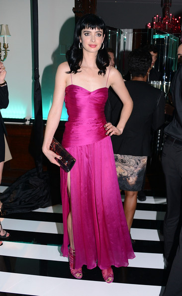 More Pics of Krysten Ritter Printed Clutch (5 of 10) - Printed Clutch Lookbook - StyleBistro
