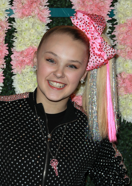 JoJo Siwa Hair Bow [pink,polka dot,smile,fashion accessory,headgear,design,fun,pattern,hair accessory,child,jojo siwa,tigerbeat,instagram,farmhouse,los angeles,california,19under19 celebration,annual 19under19 celebration]