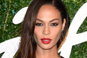 Joan Smalls Side Sweep