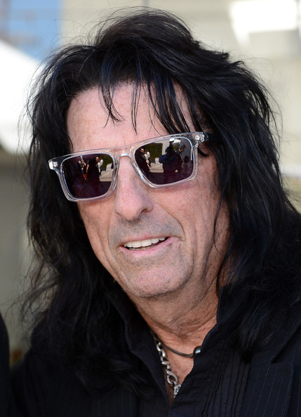 More Pics of Alice Cooper Wayfarer Sunglasses (1 of 3) - Alice Cooper Lookbook - StyleBistro