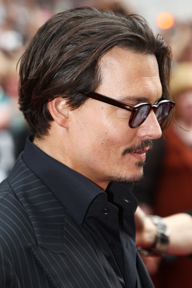 OUT Johnny Depp attends the European premiere of  Public Enemies    Johnny Depp Public Enemies Hair