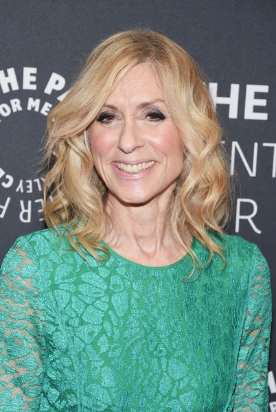 Judith Light Medium Wavy Cut [hair,hairstyle,blond,eyebrow,layered hair,long hair,brown hair,premiere,feathered hair,surfer hair,judith light,jeffrey tambor,paleylive,presentation,ny,the paley center for media,paleylive ny presents an evening with]