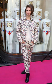 Tali Lennox posed for the camera in a floral print utility jacket at the opening of the Juicy Couture Flagship store.