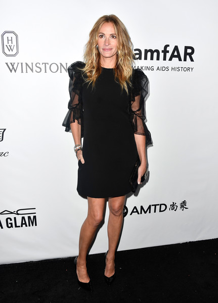Julia Roberts Little Black Dress