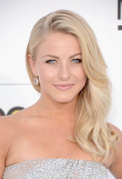 Julianne Hough Long Side Part
