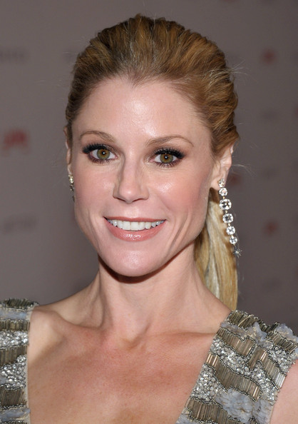 Julie Bowen Smoky Eyes