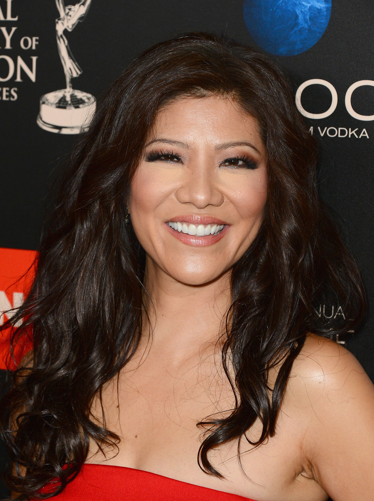 Julie Chen Long Wavy Cut Julie Chen Hair Looks Stylebistro