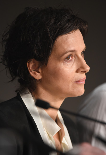 Juliette Binoche Messy Cut [clouds of sils maria,hair,chin,forehead,hairstyle,nose,cheek,white-collar worker,suit,black hair,formal wear,juliette binoche,cannes,france,cannes film festival,press conference,press conference]