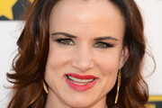Juliette Lewis Long Wavy Cut