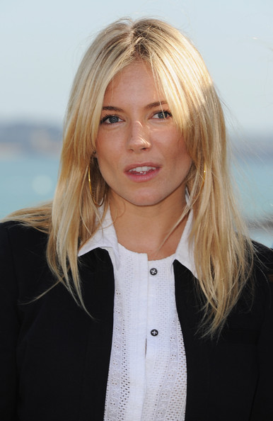 More Pics of Sienna Miller Dress Shorts (1 of 12) - Sienna Miller Lookbook - StyleBistro