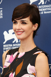 Paz Vega looked oh-so-cute with her emo bangs at the Venice Film Festival jury photocall.