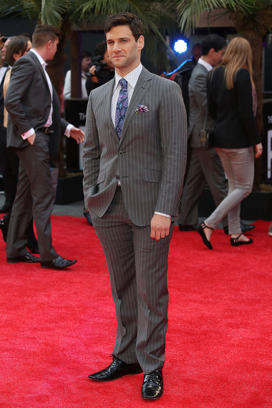 Justin Bartha Men's Suit